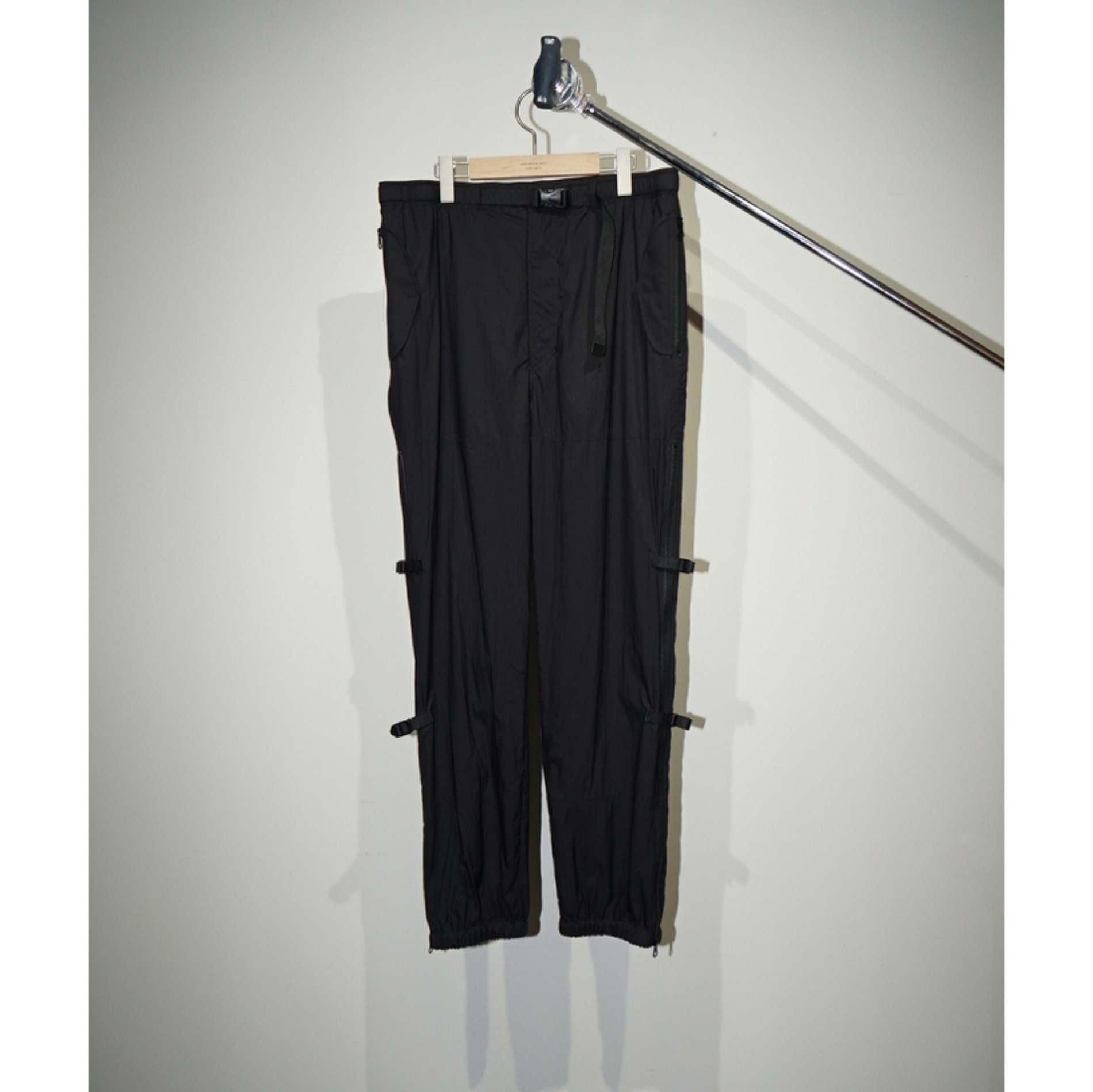AW20 JOHN MASON SMITH OVER PANTS BLACK